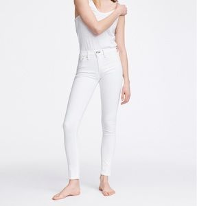 NEW • Rag & Bone • Skinny Jeans Bright White 26
